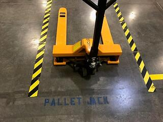 how-to-implement-visual-control-in-your-warehouse-pallet-jack.jpg