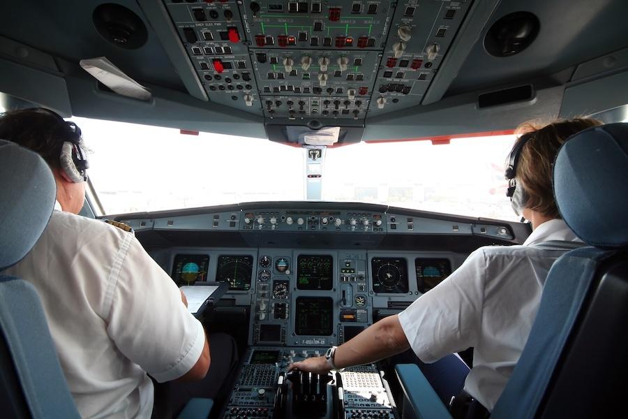 pilots-in-cockpit