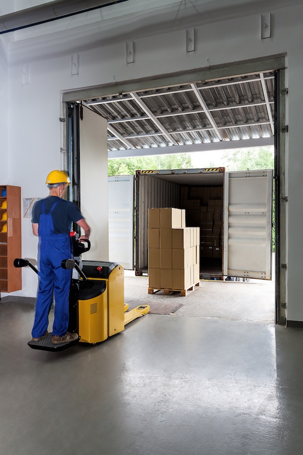stand-up-forklift